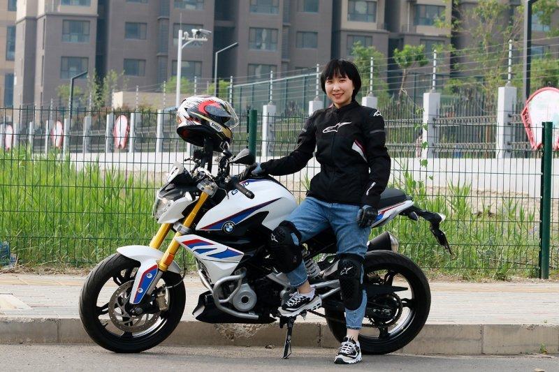 """软妹子化身""""新摩人"""" 京东618摩托车商品表现亮眼"""